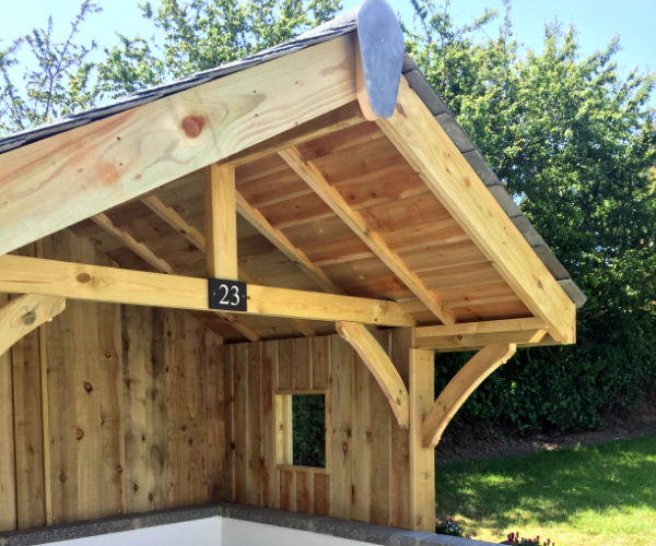 Summer-house/wood-store 2